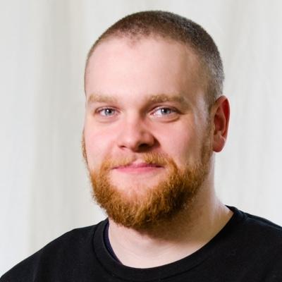 Darius Kromoser ist für Marketing bei sonible zuständig